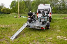 Bržděný přívěsný vozík pro 3 motocykly